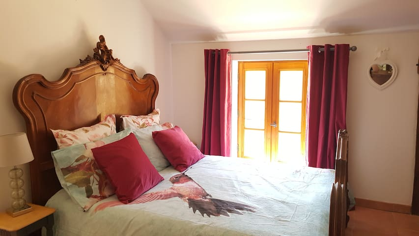 Chambre 2 personnes (140) gite 2 chambres / Double bed 2 bed gite