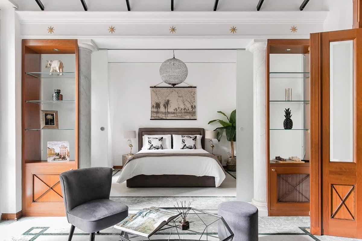 Suite accogliente ed elegante con piccolo giardino privato
