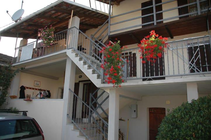 Stanza nel Borgo dei Boschi - Prarostino