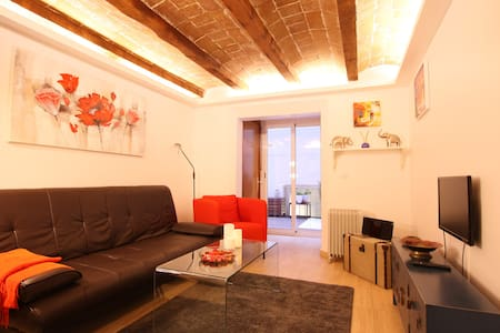 ROMANTIC APARTMENT near SAGRADA FAMILIA - Barcelona