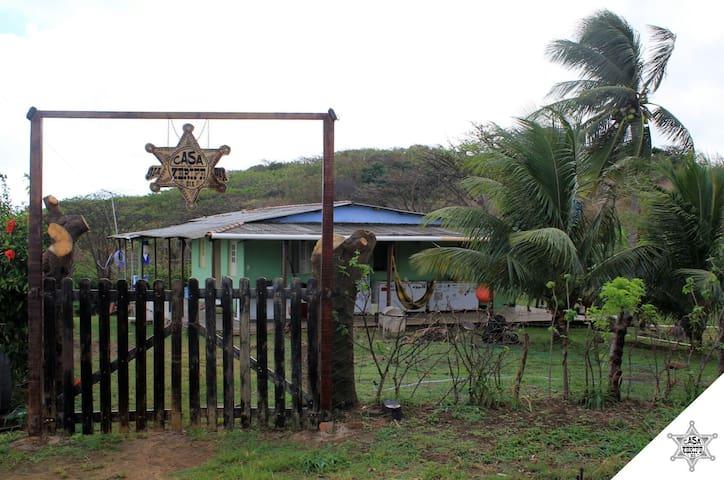 Casa do Xerife (Quarto CACIMBA) - Fernando de Noronha, Pernambuco, BR - Albergue