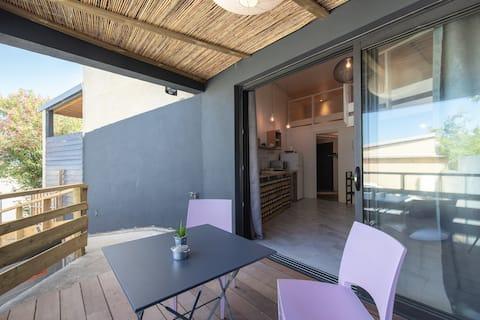 Studio loft près du centre ville et du lagon