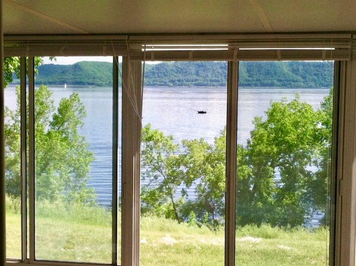 Lake Port - relax &  unwind