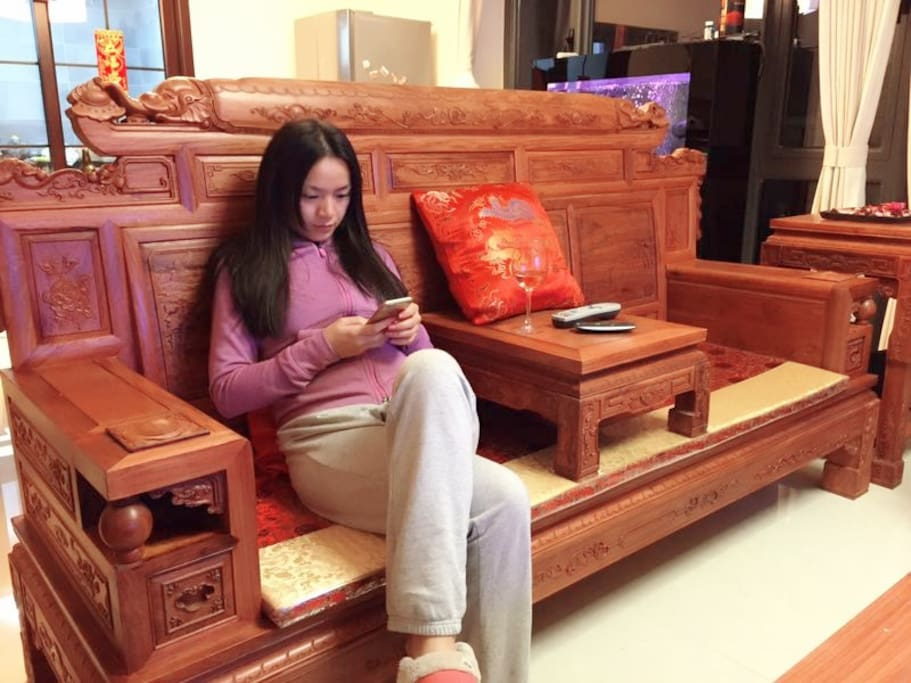 Modern traditional Chinese decoration and furniture
