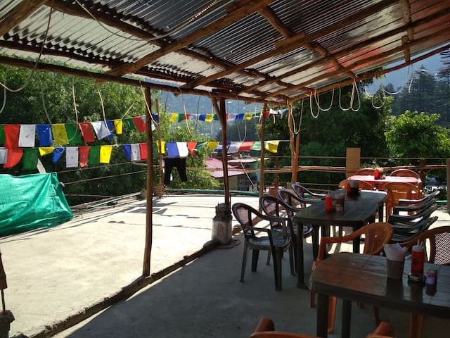 Luxury Stay in Budget Price Old Manali