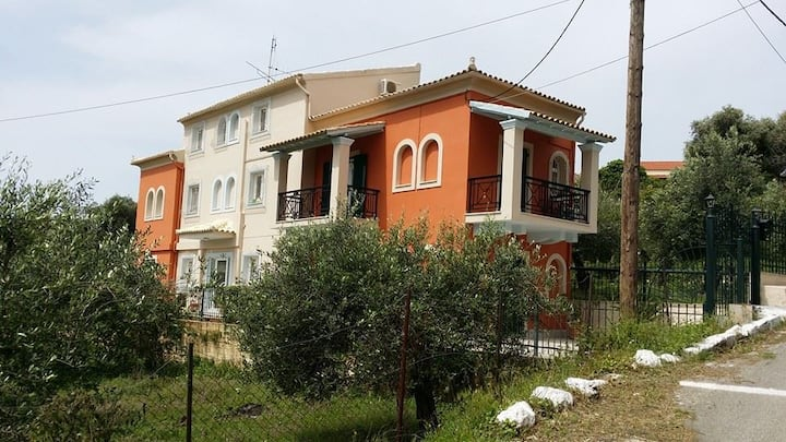 "HOLIDAYS IN CORFU ""MARIA'S APPARTMENT"""