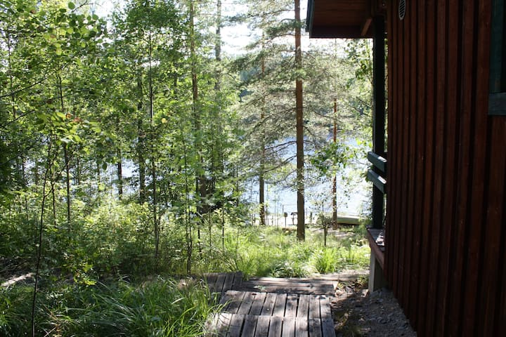 COTTAGE WITH SAUNA NEXT TO LAKE