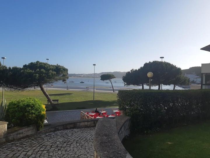 Casa da Baía c/piscina a 5 metros da praia!