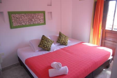 Habitacion 12 en Casa Hotel - Cartagena