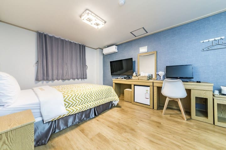 New Open!! Suwon Station 5 Minutes CHECK IN Motel