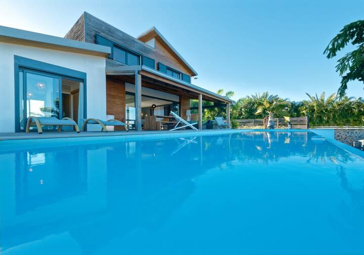 Ecrin de Bourbon, swimming pool, ocean view, Saline-les-Bains, Reunion isla