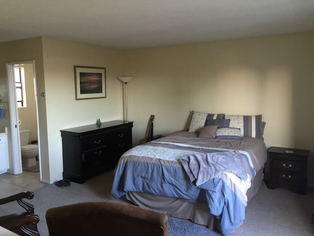 Downtown Ventura Gettaway - Ventura - Appartement
