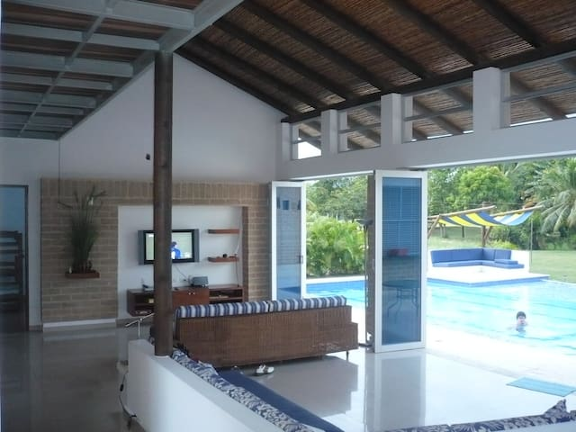 Casa , Condominio Campestre El Peñon, Girardot - Girardot - Dom