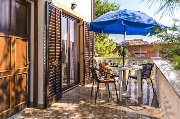 One bedroom Apartment, in Vodice, Terrace