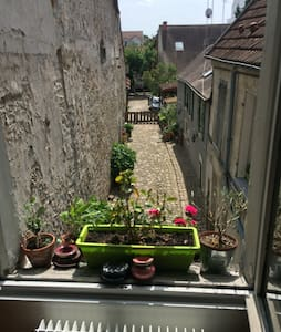 Appartement F2, 50 m2 ; 30 mn Paris RER B et C - Longjumeau