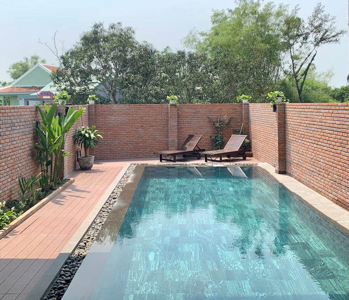 Bougainvilla Holistic Homestay Pool View 2