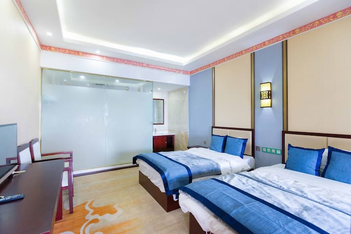 迪庆 飞来寺景区 • 梅里雪山观景民宿 • 标准双床房+停车位 最佳观景台