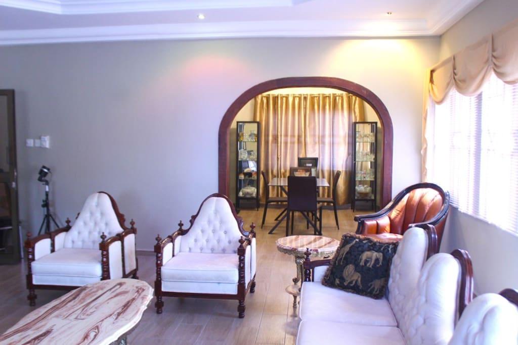 Olive room at rose leat elegant bed breakfast - Chambre d hotes le poteau rose ...