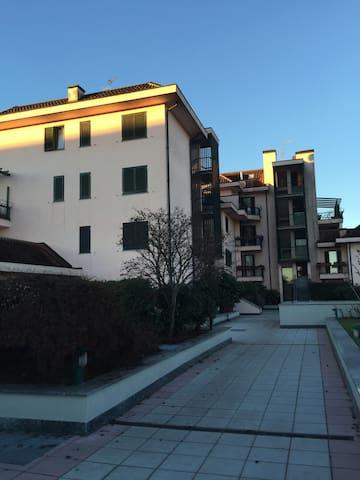 Appartamento Stella - Segrate - Ház