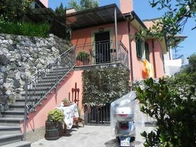 casa indipendente - spazio esterno levanto 5 terre
