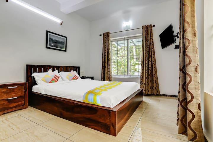 OYO -1BR Stay n/r Sharon Tower(220 m), Thrikkakara