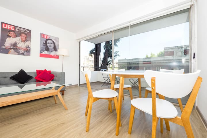 Renovated apt in Las Condes, close to metro/malls - Las Condes