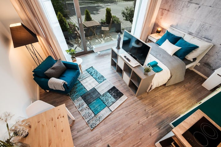 Loft-Apartment ***direct Subway to City Center***