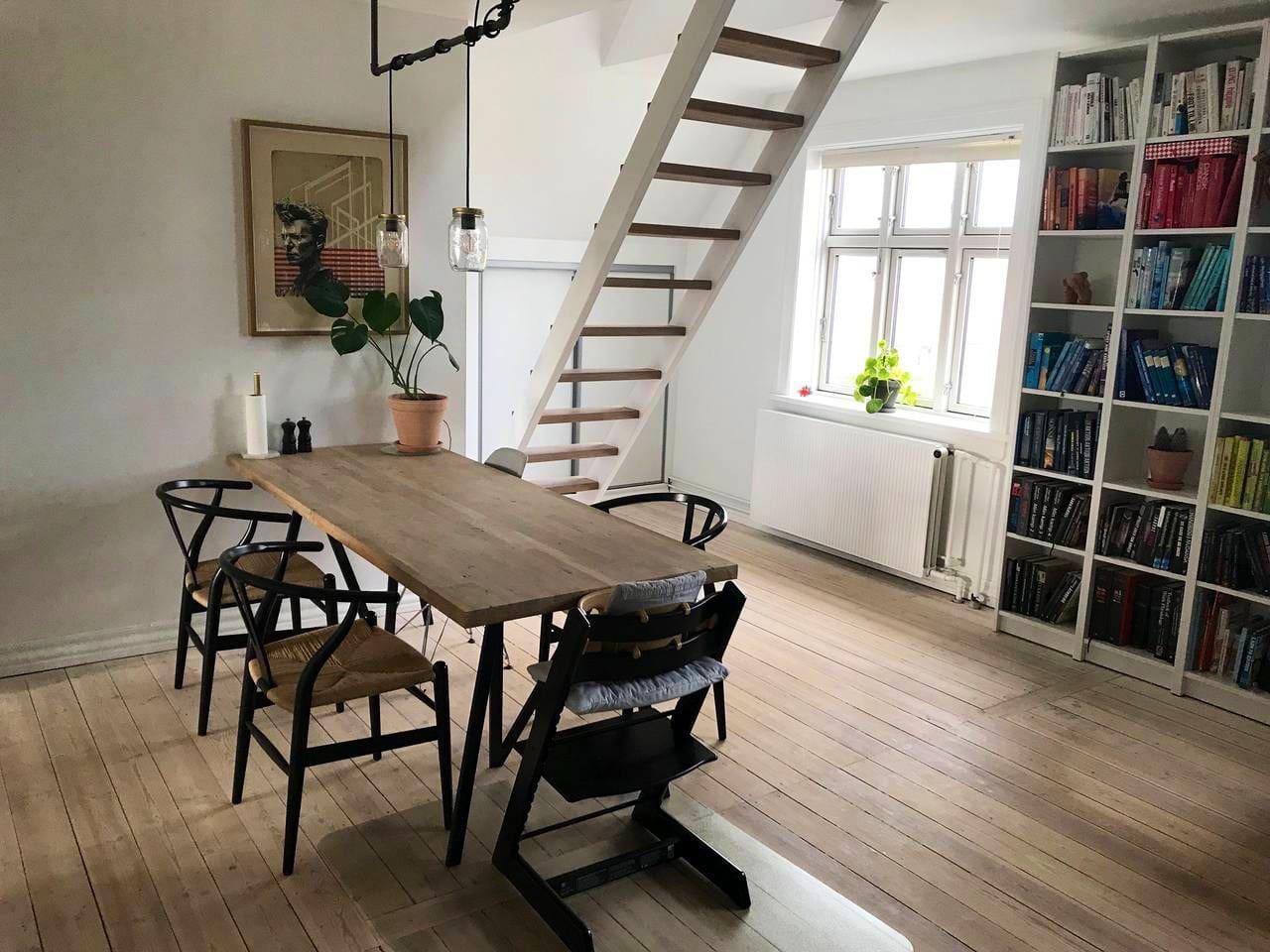 Living- & dining room