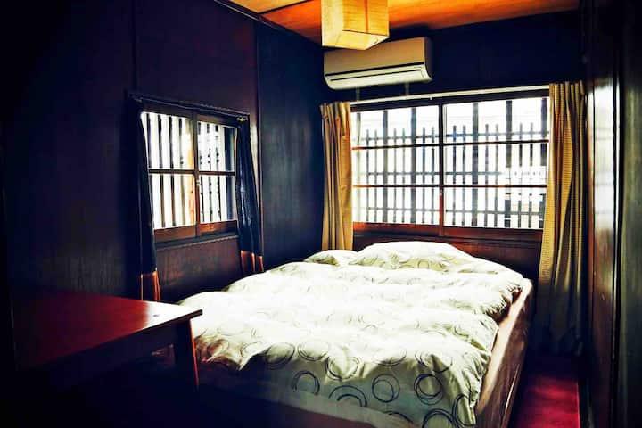 Hostel Mundo 1 Double bed room