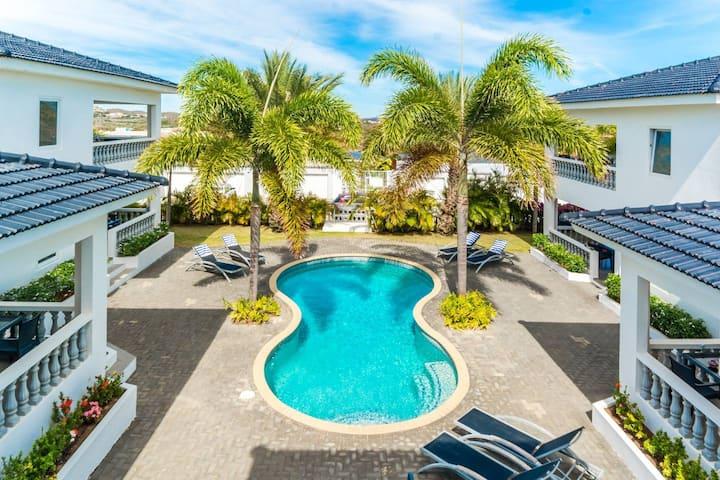 Palm Crest ☆ Swimming Pool ☆ 2BR ☆ Jan Thiel