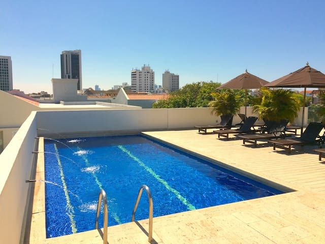 LUXURIOUS 2 BEDROOMS APARTMENT OLD CITY WITH POOLS - Kartagina - Apartament