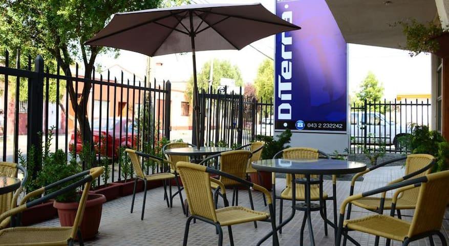 DITERRA LOS ANGELES