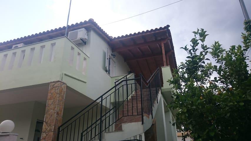 διαμερισμα με 2 μεγαλα υπνοδωματια - Kato Alepochori - Apartament