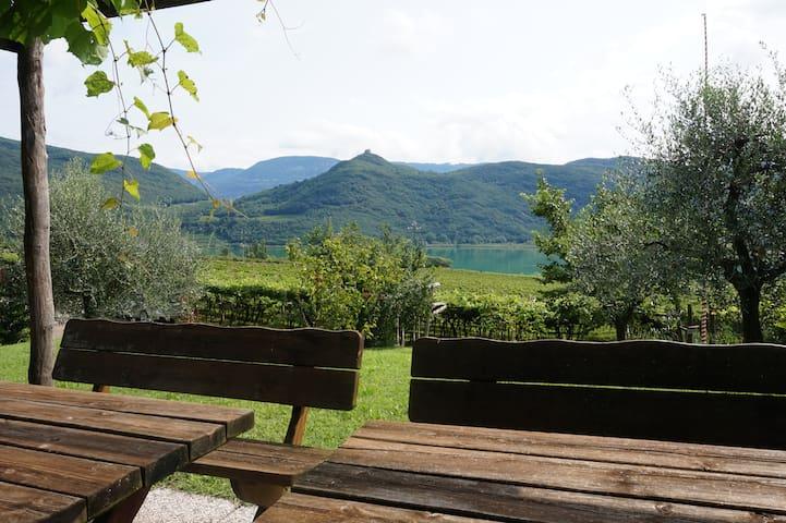 Weinhof am Kalterer See