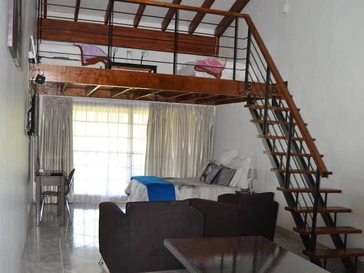 Impact Self Catering - Family Suite 1