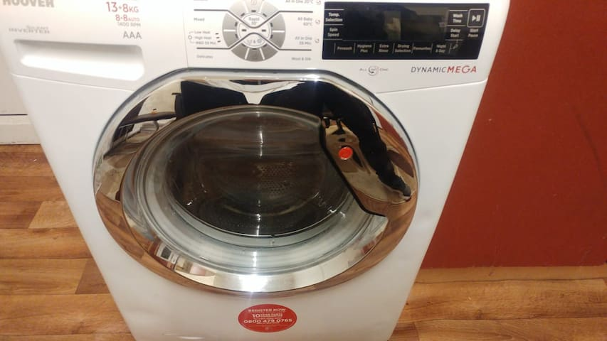 Laundry Machine and Dryer