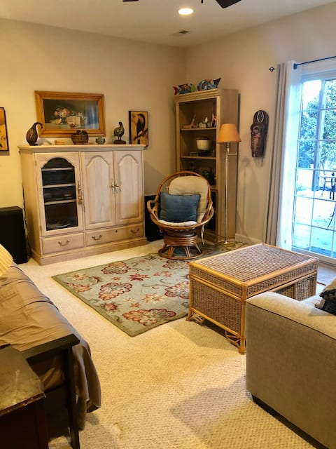 Entire Floor Apartment in Lovely Home