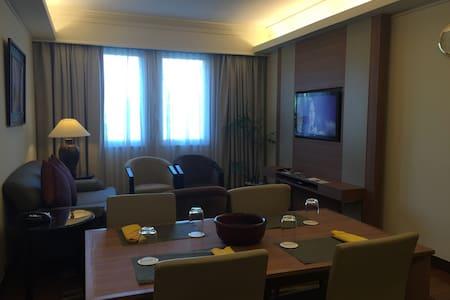 仰光顶级安保公寓LIANG - Rangun - Wohnung