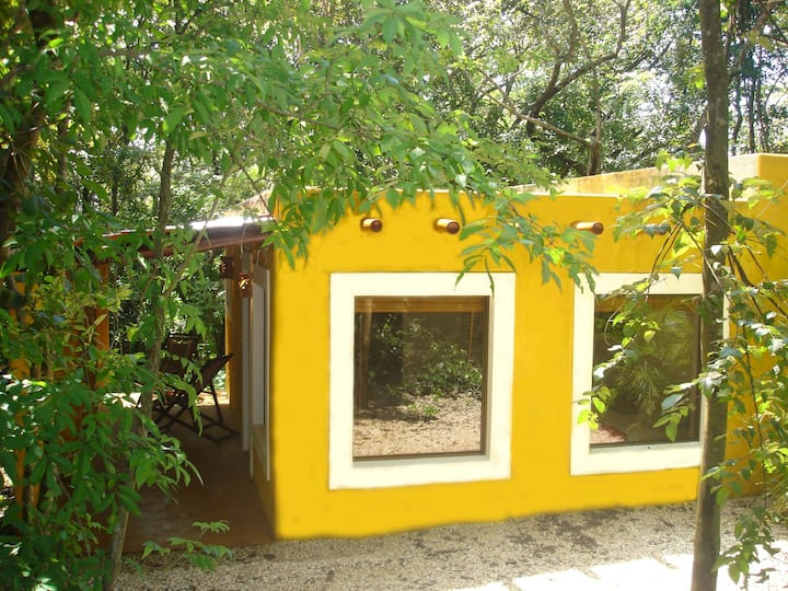 Luxe Mexican Cabina incl. breakfast & AC 2