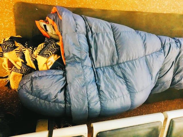Whellow Metres 墊子撲撲地上睡