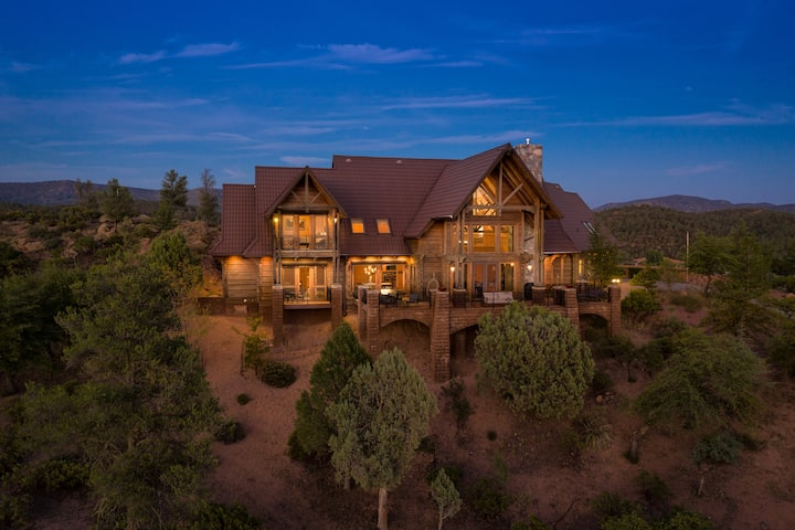 Polish Place On Pine Ridge: Mountain Home Retreat