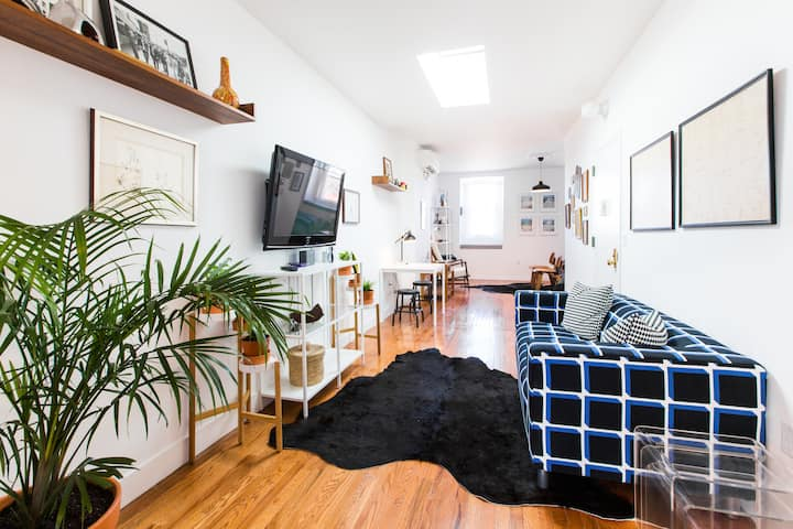 PRIVATE OASIS! Sunny & Spacious Bed Stuy Apartment