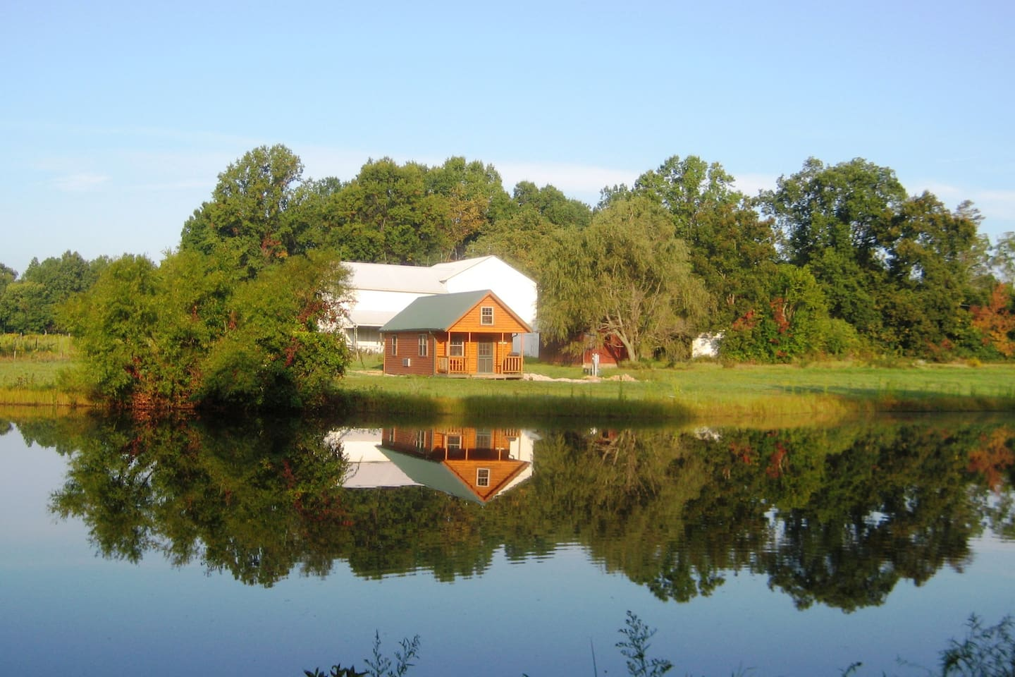 Imagine yourself in the peace of the morning at Shepherd's Bridge in the log cabin