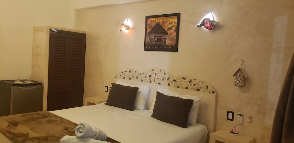 Casa Ohana | Choni • Cozy room w/private bathroom