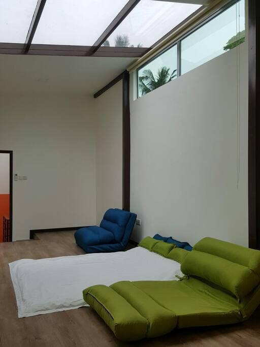 日式风格的房间,晚上可以躺着看灿烂的夜空 Bedroom 1