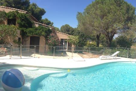Villa 8 p. avec piscine à Ramatuelle - Ramatuelle - House