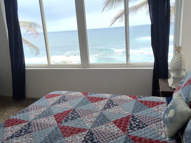 Oceanfront Three Bedroom Suite - Dorado - Lägenhet