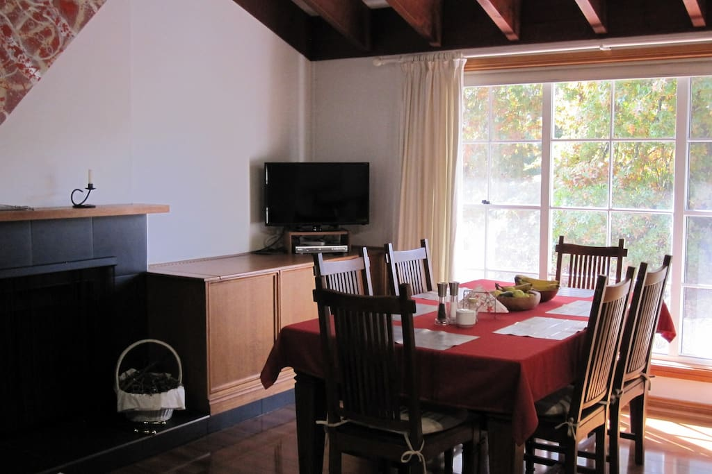 Communal Dining & Kitchen Area