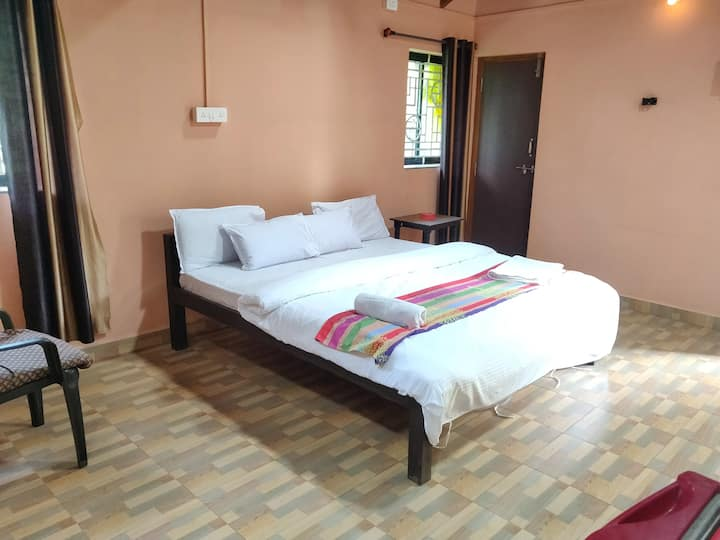 Deluxe BnB  Near To The Baga Beach