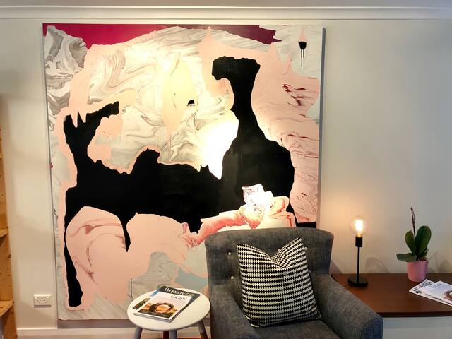 Shangri-La Cottage - Sunny Mittagong Studio